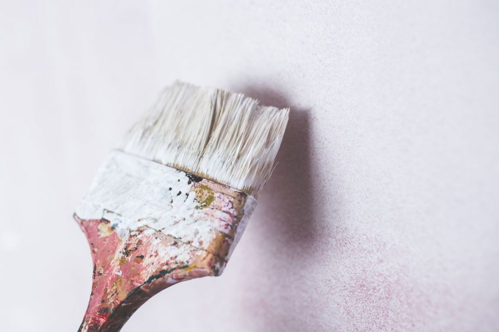 καθαρισμός σπιτιού μετά από ανακαίνιση